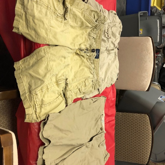 American Eagle Outfitters Other - Lot of men's cargo shorts. Hollister &AE